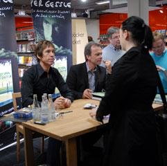 Per Gessle and Sven Lindström signing books in Åhlens, Malmö